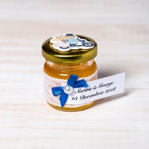 Marturii nunta borcanele miere cu figurina miri
