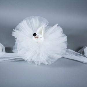 Decor masina nunta porumbei albi