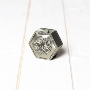 Cutiuta mot botez hexagon