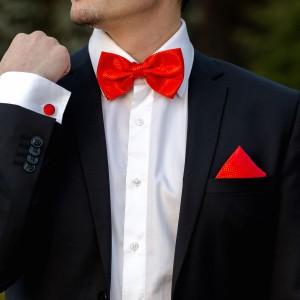 Set rosu papion, batista si butoni camasa