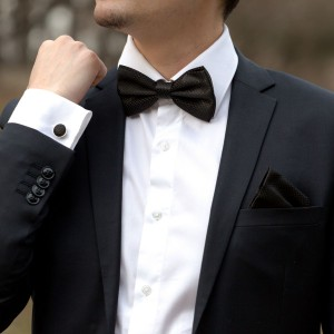 Set negru papion, batista si butoni camasa